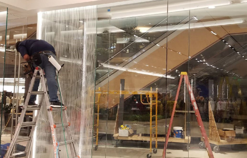 Zara Store in Somerset Mall Adds Visual Appeal with Custom Decorative Film 3